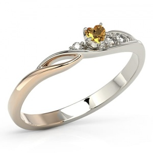 Ring i 14k guld med topas Swarovski 0,11ct och 4 diamanter 0,05ct